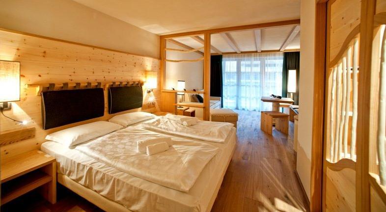 02_tirler_dolomites_living_hotel_seiser_alm_suedtirol